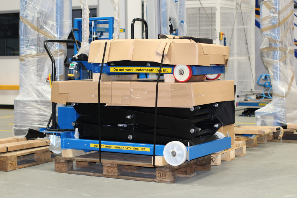 LLM Handling Pallet Delivery